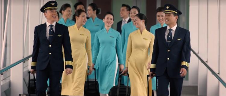 """Dàn """"trai đẹp, gái xinh"""" trong MV của Vietnam Airlines"""