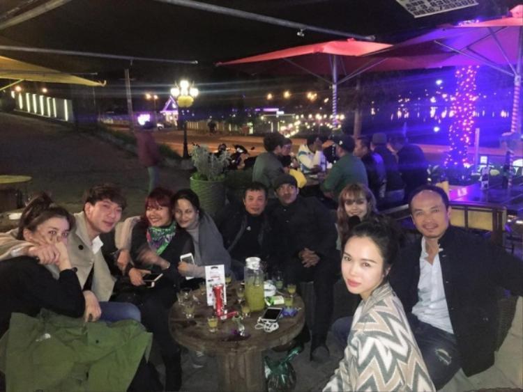 Tháng 1/2017, MLee lên Đà Lạt thăm Cường Seven. Trong hình có cả Vũ Ngọc Anh và đoàn phim đi cafe với cặp đôi. Tuy nhiên, đây cũng là lần cuối cùng bắt gặp hình ảnh Cường Seven và MLee cùng nhau.
