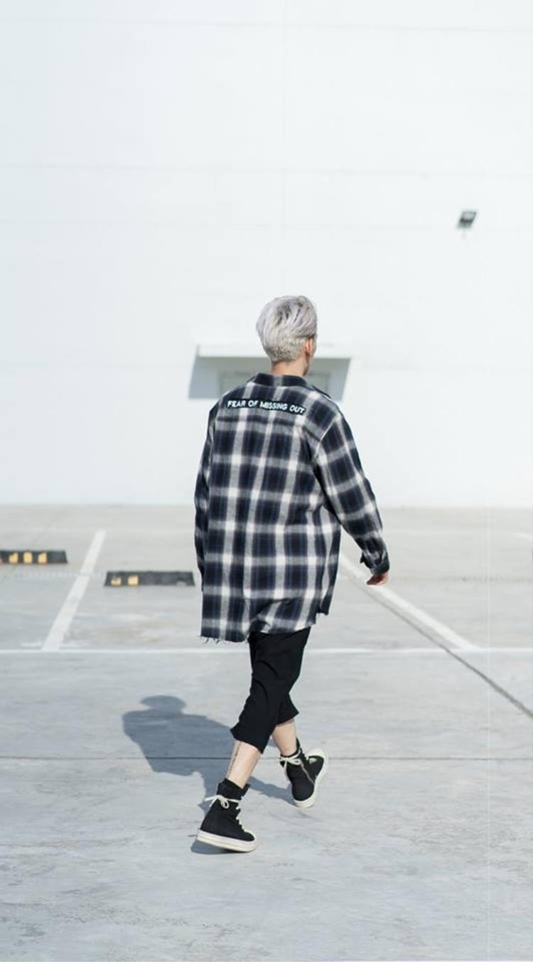 Unfinished shirt  cơn sóng mới càn quét street style giới trẻ