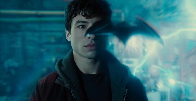 Justice League và Spider-man tung trailer mới: Cuộc chiến không lời giữa DC và Marvel