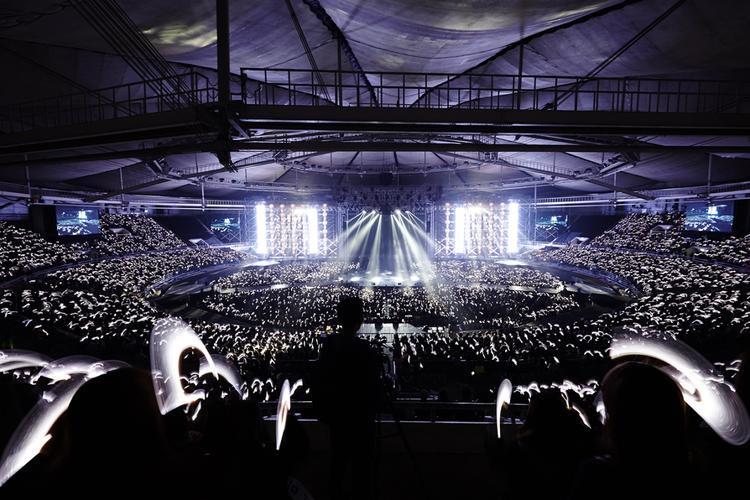EXO chuẩn bị khép lại hành trình 11 tháng đi tour vòng quanh thế giới