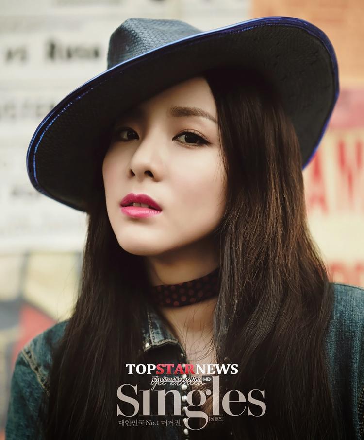 Nhiều khả năng người hâm mộ sẽ được cầm trên tay album debut của Dara trong năm 2017 này.