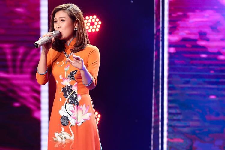 Ngọc Sơn, Lệ Quyên, Quang Lê đọ giọng cùng cô nàng tomboy ca Huế ngọt như mật