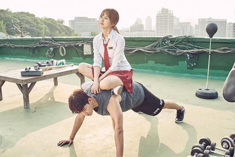 """Nam chính có vẻ không xi-nhê gì khi bị So Hyun """"đè đầu cưỡi cổ"""""""