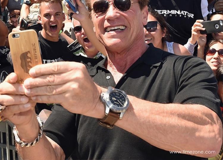 Thống đốc bang California kiêm diễn viên Arnold Schwarzenegger.