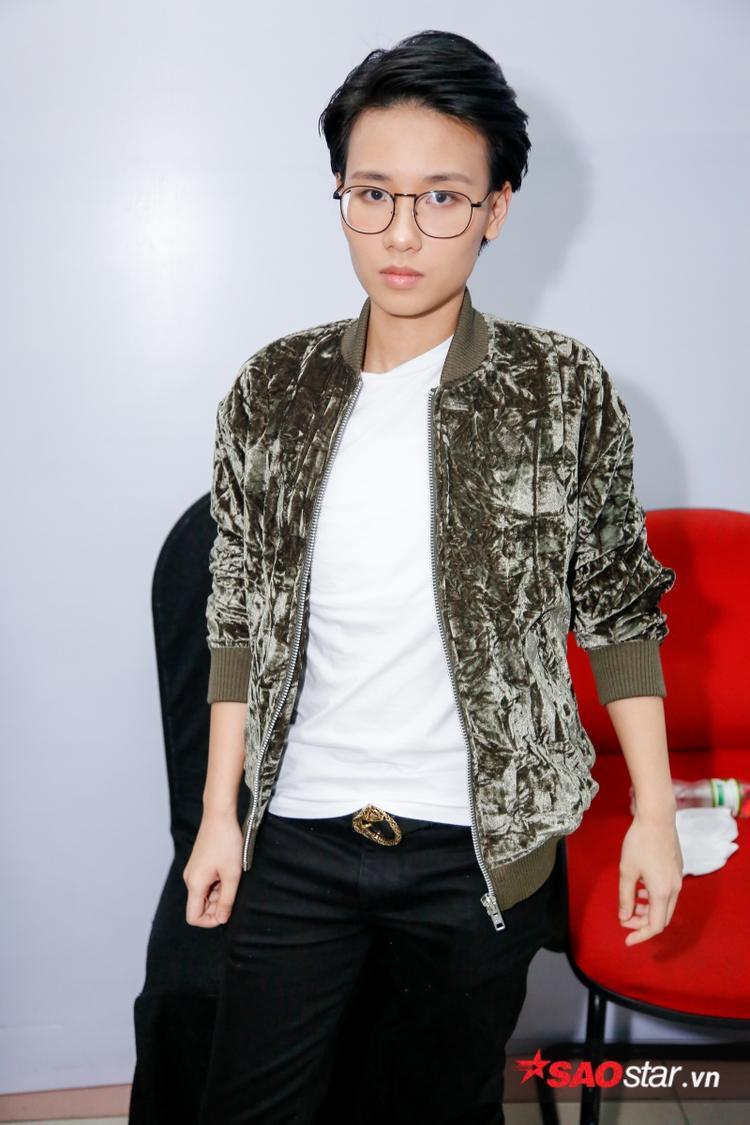 Tiên Cookie xuất hiện trong vai trò giám khảo khách mời đêm thi này.