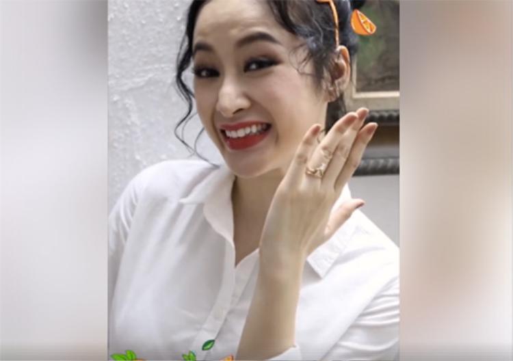 Phần mũi biến dạng của Angela Phương Trinh thu hút sự chú ý đặc biệt từ mọi người.