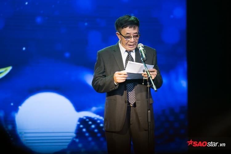 Ông Đặng Xuân Hải - Chủ tịch Hội Điện ảnh Việt Nam lên phát biểu mở đầu đêm trao giải.