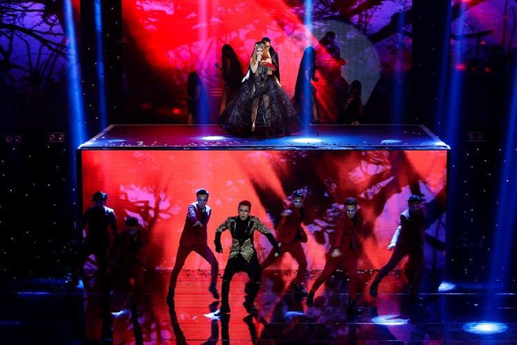 Bảo Thy, S.T, Yến Trang nắm tay nhau bước vào Chung kết Remix New Generation 2017