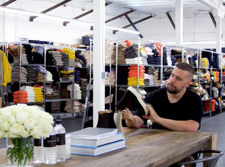 Daniel Patrick - người đàn ông đứng sau thương hiệu streetwear đình đám cùng tên tuy sinh ra và lớn lên ở Sydney nhưng mảnh đất ông gầy dựng giấc mơ thưở thiếu thời lại là xứ sở cờ hoa.