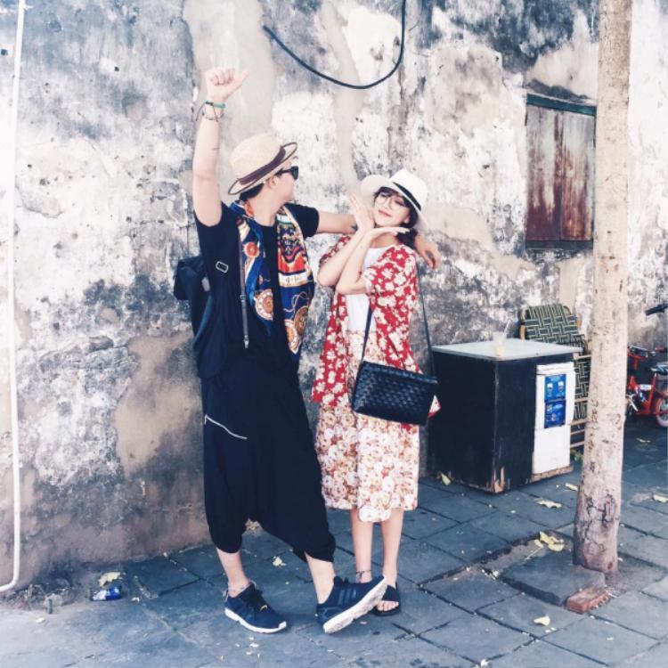 Dù trong các MV ca nhạc hay cuộc sống hằng ngày thì vintage luôn là phong cách gây mê cho nữ ca sĩ.