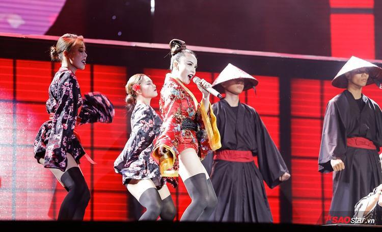 Geisha Yến Trang quyến rũ, lạnh lùng trả thù người yêu trên sân khấu Remix NewGen