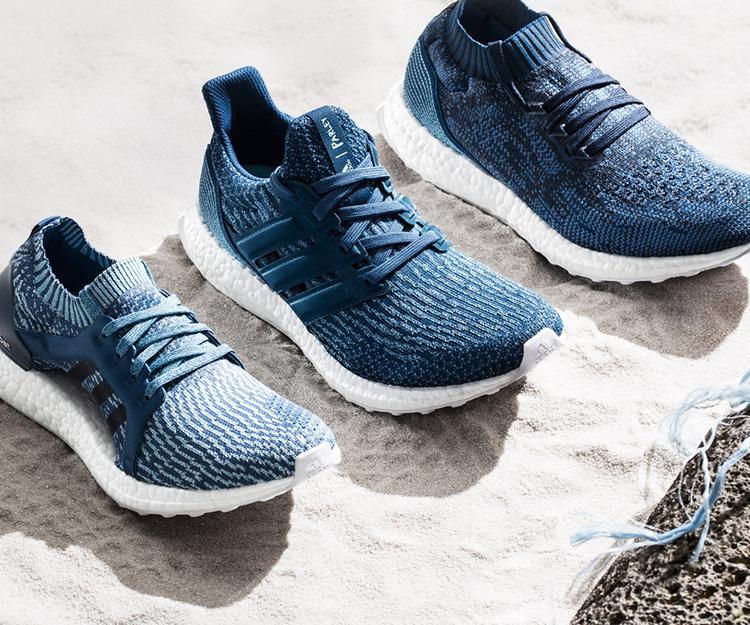 """Với sắc xanh mát mắt từ đại dương, adidas đã đưa những """"đứa con"""" dòng UltraBOOST phổ biển giới thiệu đến Parley."""