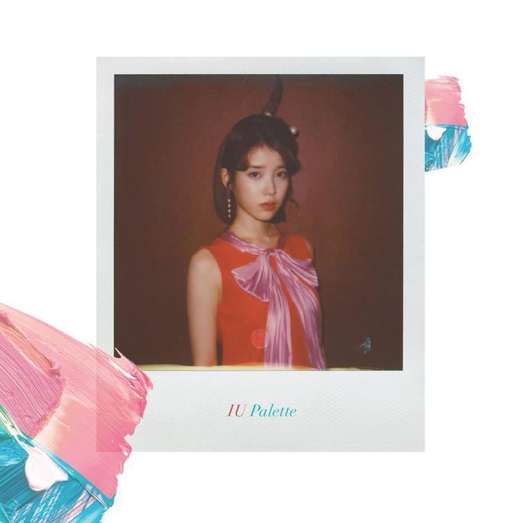 IU và album Palette.