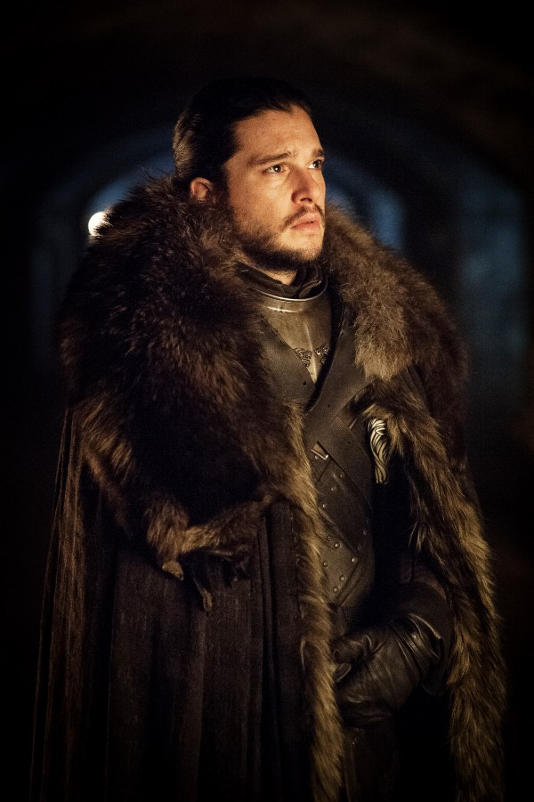 Vua Jon Snow đang tới thăm hầm mộ của đại gia tộc Stark, nơi yên nghỉ của tổ tiên anh. Phải chăng sắp tới Jon sẽ khám phá ra thân phận thực sự của mình?