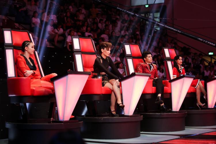 Thu Minh, Noo, Tóc Tiên tranh cãi quyết liệt vì giọng ca phi giới tính Tùng Anh hát hit Gửi anh xa nhớ