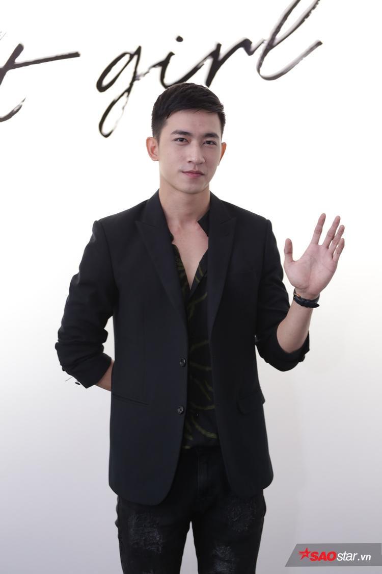 Người tình tin đồn, Võ Cảnh cũng góp mặt để ủng hộ bạn gái Phương Trinh.