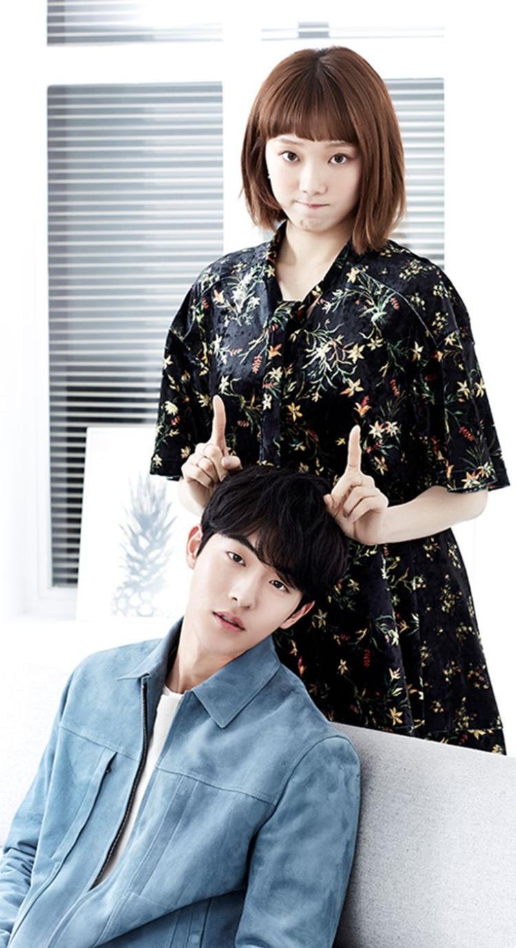 Bạn có nhận ra chuyện Kình  Tạ trong phim và Lee Sung Kyung  Nam Joo Hyuk ngoài đời giống nhau đến bất ngờ?