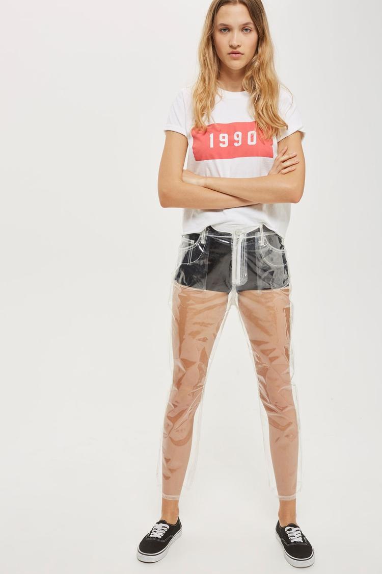Chiếc quần được bán chính thức với giá 55 USD.