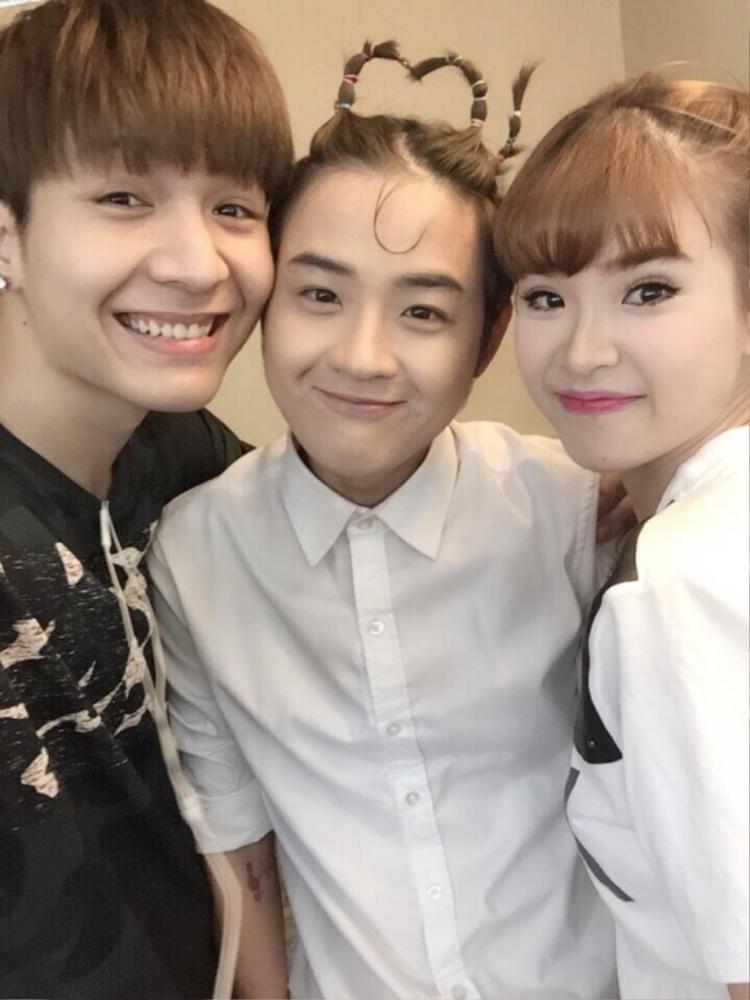 Thanh Duy chơi rất thân với Khởi My - Kelvin Khánh.