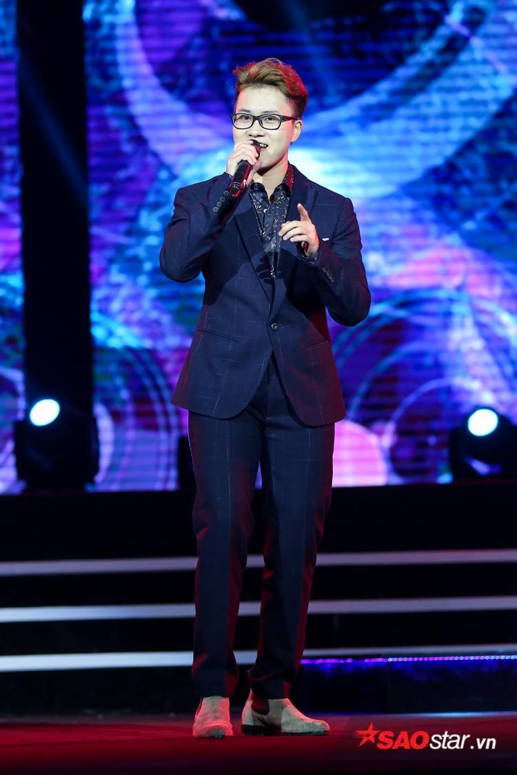 Bên cạnh đó, Lê Thiện Hiếu còn hân hoan khoe sân khấu debut ca khúc này tại Sing My Songđã vượt 40 triệu lượt xem trên Youtube.