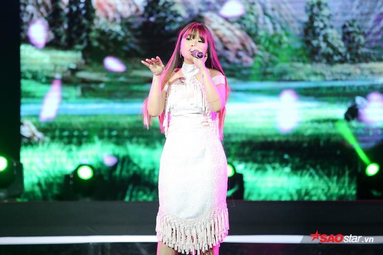 """Trương Thảo Nhi mang đến ca khúc đã """"gây bão"""" tại Sing My Song: Tự sự tuổi 25."""