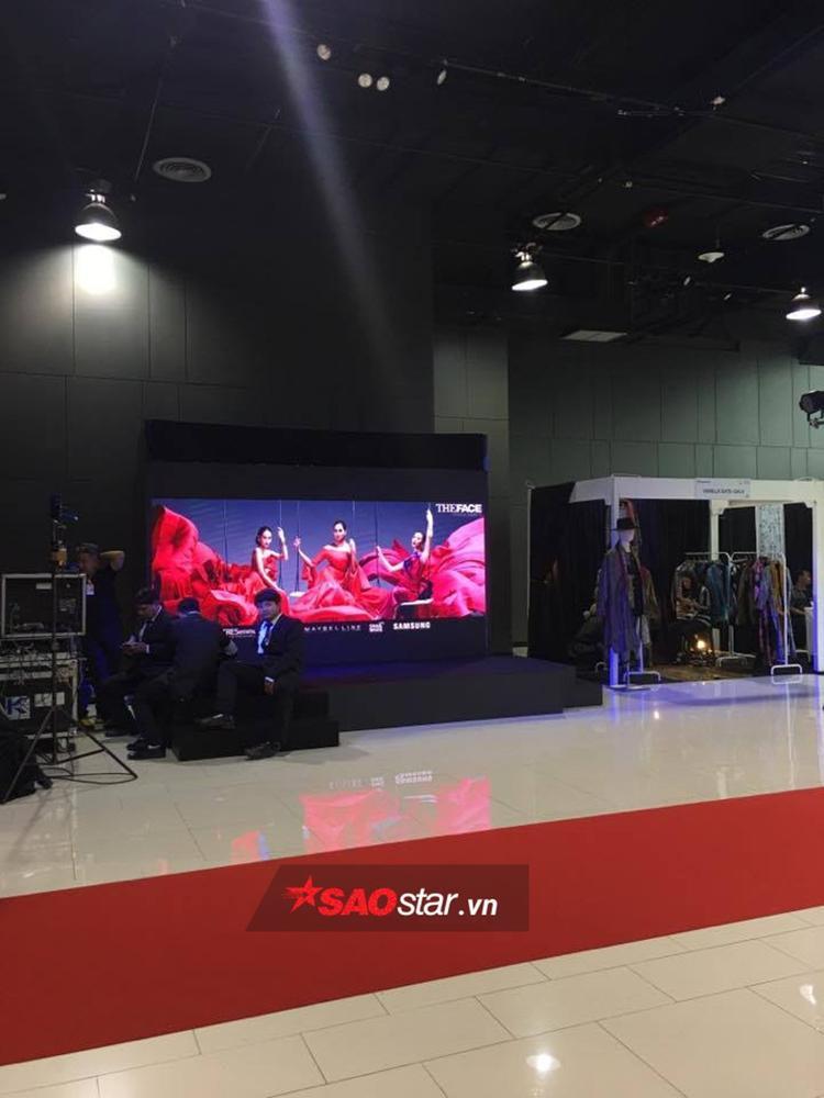 ĐỘC QUYỀN: Cận cảnh khu vực đặc biệt dành cho Công chúa Hoàng Gia tại Chung kết The Face Thailand 3
