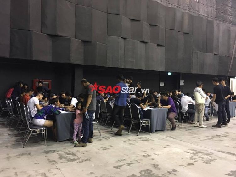 Khung cảnh sôi động của buổi casting được Saostar vừa ghi lại tại Bangkok.