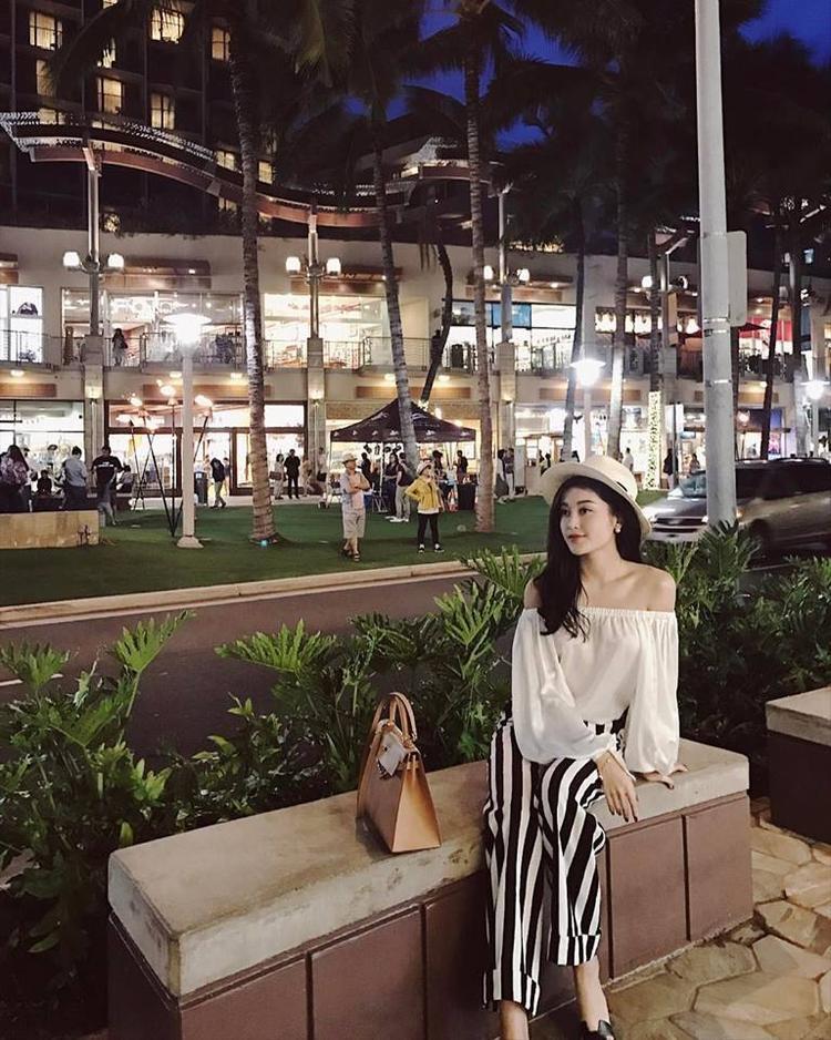 Huyền My đang khá bận rộn chuẩn bị cho cuộc thi Miss Grand International 2017.
