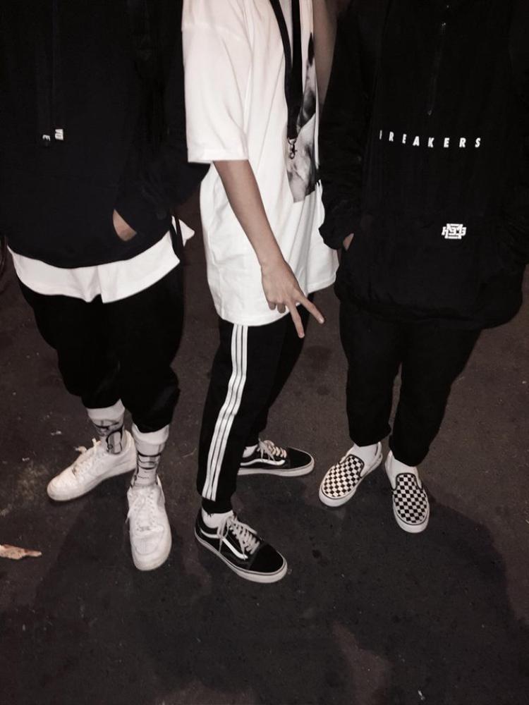 Bên cạnh đôi Vans classic must-have thì giày slip-on caro cũng của thương hiệu này đang dần khẳng định được vị trí trong lòng giới trẻ.