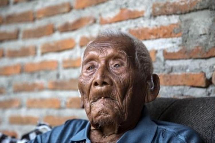 Cụ ông 146 tuổi già nhất thế giới đã qua đời ở Indonesia