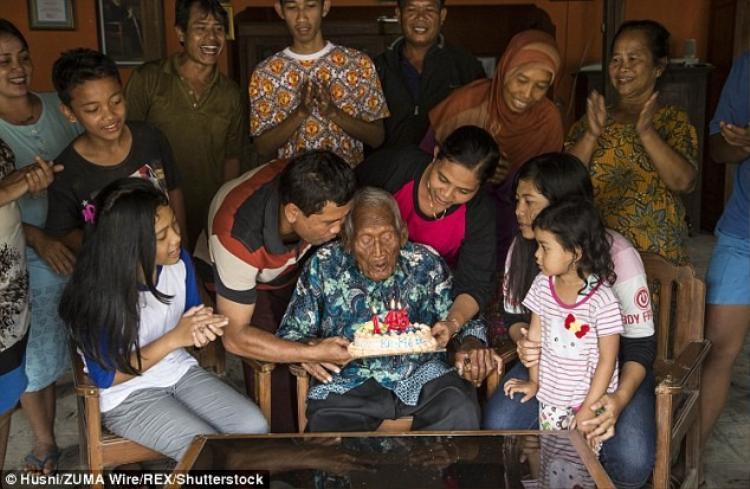 Vừa qua, cụ đón sinh nhật lần thứ 146 bên các cháu chắt của mình.