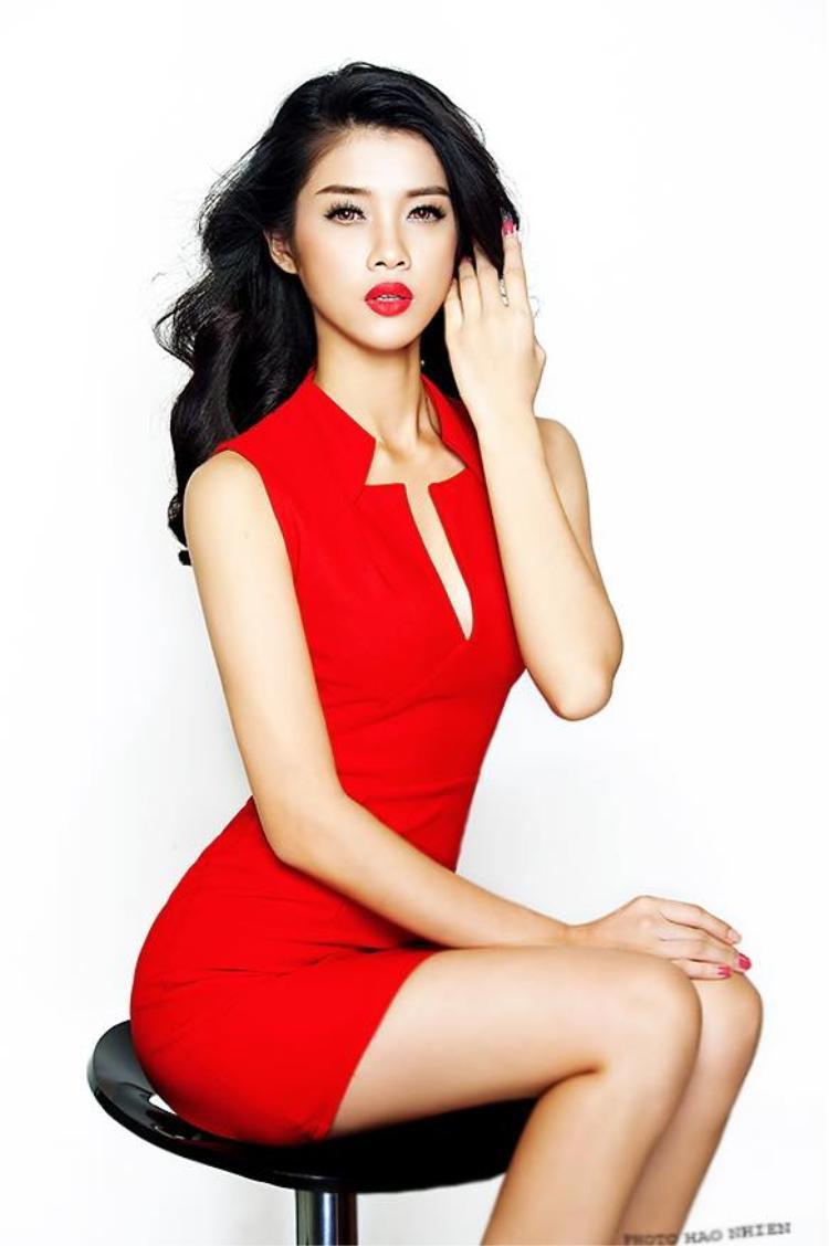 The Face Việt Nam nổ phát súng đầu tiên với cuộc đổ bộ của những nhan sắc Hoa hậu