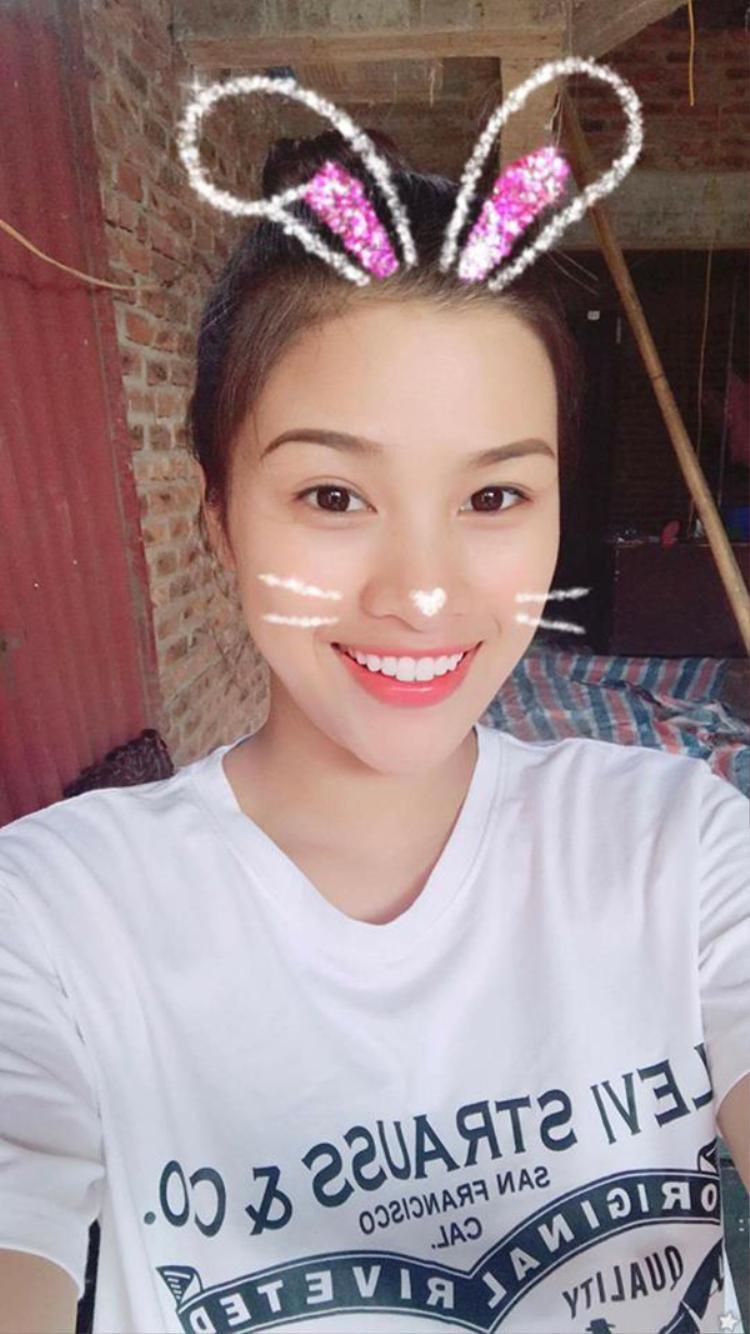 Người đẹp trở về Bắc Ninh thăm gia đình vào dịp nghỉ lễ vừa qua.