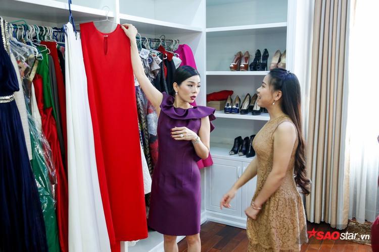 Cặp thí sinh Lê Mai - Hải Yến được nữ HLV tư vấn trang phục có màu sắc đối lập nhau