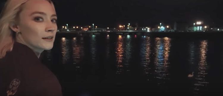 Ngắm biển đêm.
