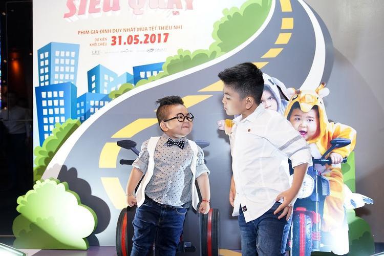 Hai bé Duy Anh và Ku Tin.