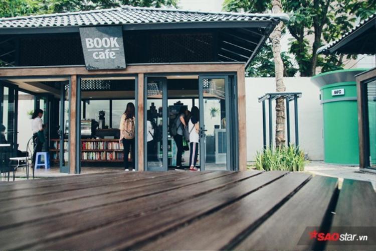 Tin được không, Chợ Âm Phủ một thời đã biến hóa thành phố sách tuyệt đẹp giữa lòng Hà Nội