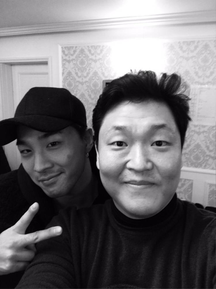 Ca khúc Love với sự kết hợp của Taeyang cũng sẽ nằm trong album lần này.