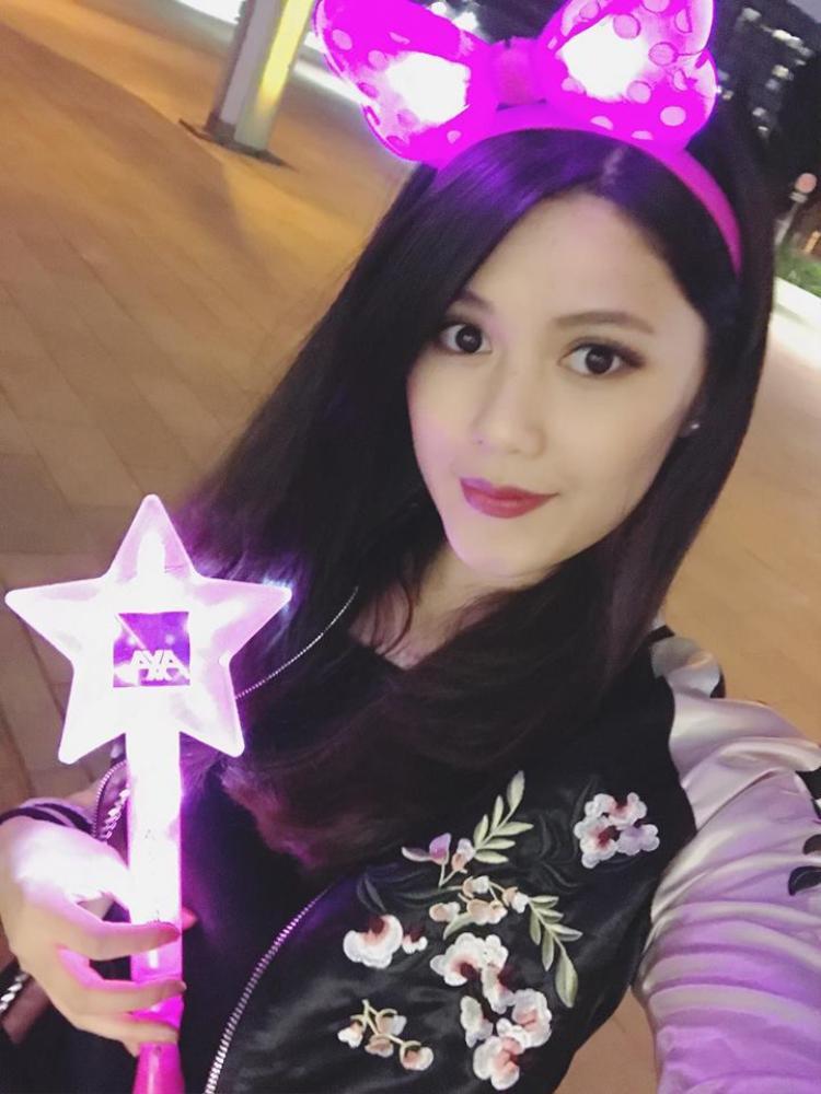 Cận cảnh nhan sắc xinh đẹp của bạn gái tin đồn Trịnh Thăng Bình