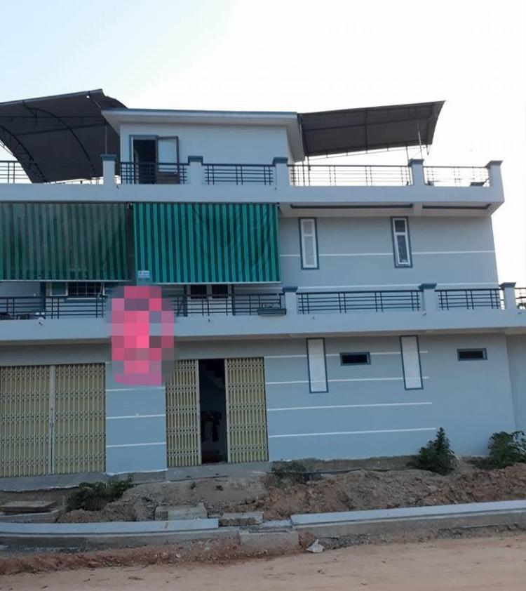 Cuộc sống sẽ trở nên mông lung như một trò đùa khi bạn nhìn thấy ngôi nhà đệ nhất lừa đảo này!