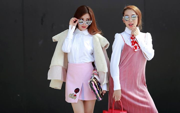 Emily Nguyễn và Hạnh Sino cũng không nằm ngoài vùng phủ sóng của phong cách này.