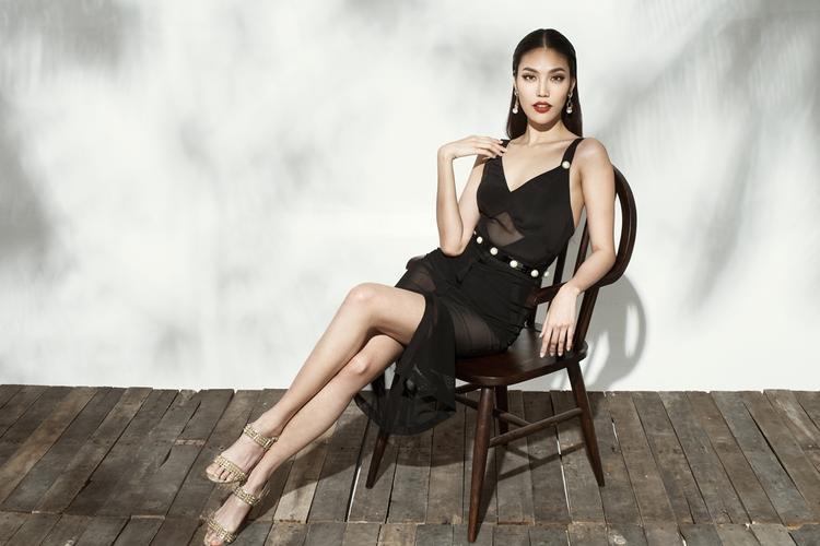 Những mẫu đầm xuyên thấu được xử lí tinh tế mang đến sự sexy nhưng không phô trương cho người mặc.