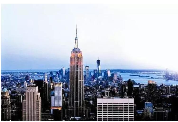 Rất nhiều công trình kiến trúc đỉnh cao của Mỹ thuộc sở hữu của gia tộc Rockerfeller.