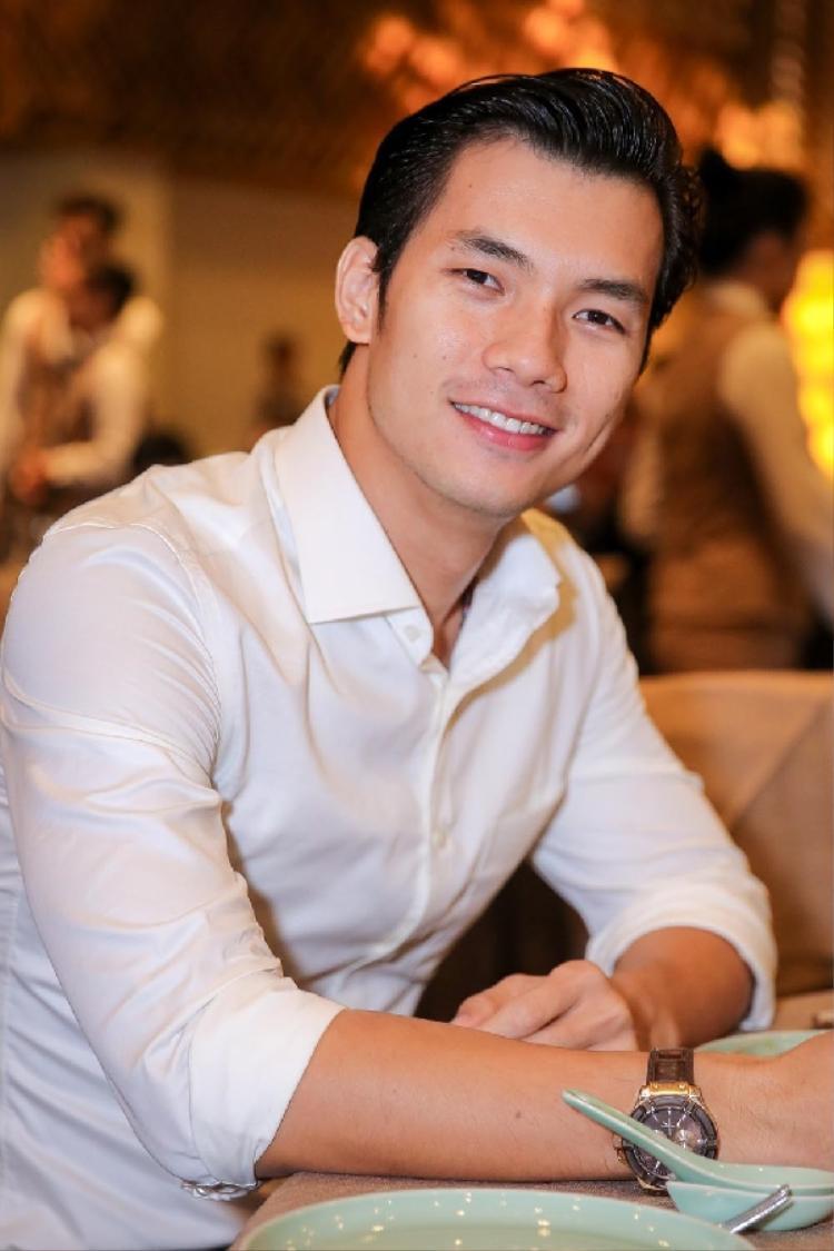 Cùng với Ngọc Thanh Tâm và Phạm Hồng Phước, Nhan Phúc Vinh cũng có vai diễn để lại nhiều ấn tượng trong bộ phim này.
