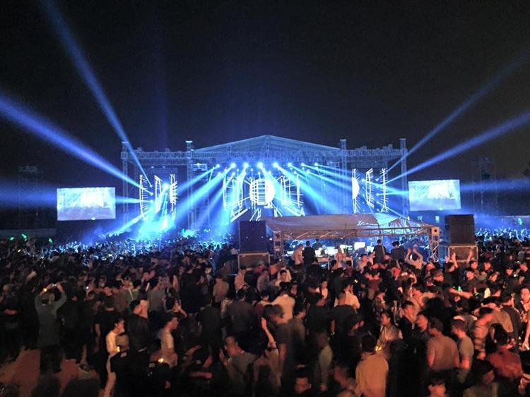 Các sự kiện EDM tại Ecopark luôn thu hút hàng nghìn người tham gia sự kiện