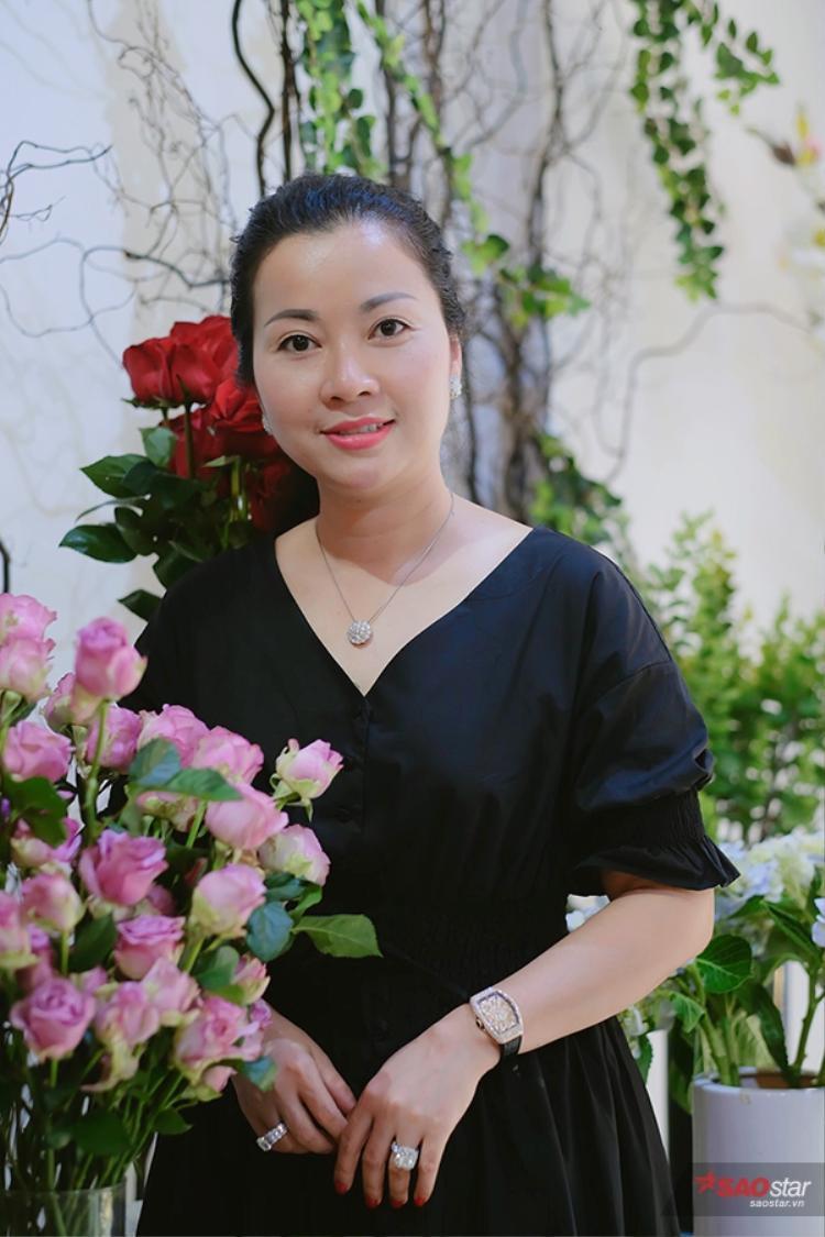 Huyền My cho biết, mẹ mình tuy sinh năm 1974 nhưng lại có tính tình rất trẻ trung, nhí nhảnh.