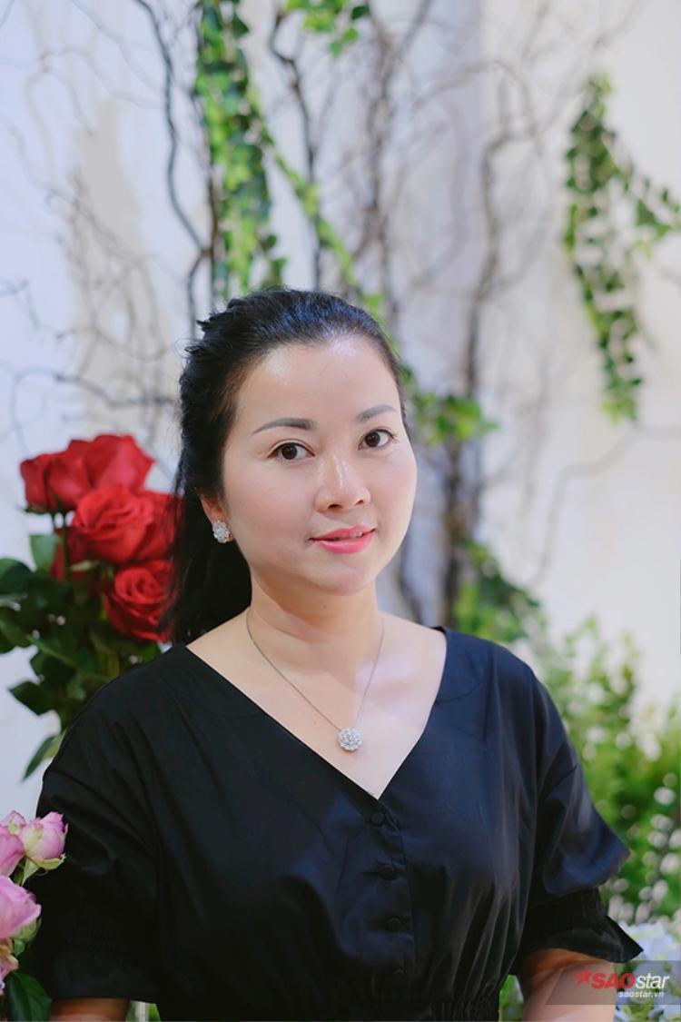 Trong mắt chị Lan Phương - mẹ Huyền My, con gái là người sống tình cảm nhưng hay nhõng nhẽo.
