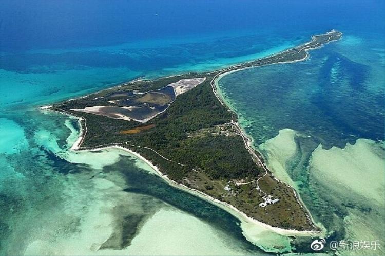 Beckham quyết mua cả hòn đảo tặng Victoria nhân kỷ niệm 20 năm ngày cưới