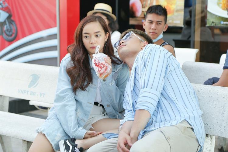 Yêu không thành trên phim, Will và Kaity Nguyễn hôn nhau say đắm trong MV thế này!